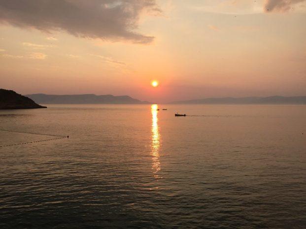 Sonnenuntergang in Sveti Juraj mit Blick auf die Insel Krk