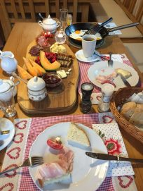 Biker-Frühstück