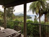 Blick von unserem Quartier zum Lake Taupo