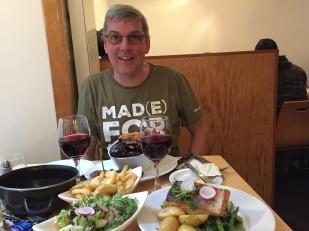 Mampf mit Rumnischen Wein in Edinburgh