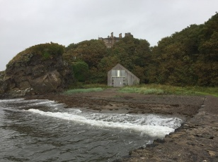 Culzean Castle vom Meer aus gesehen